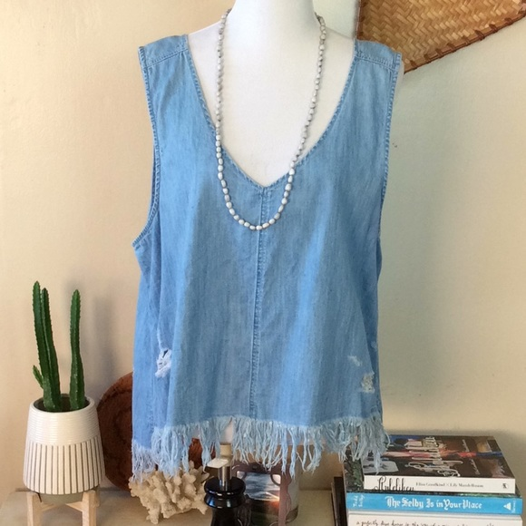 American Eagle Outfitters Tops - American Eagle Distress Fringed Denim Tank top L